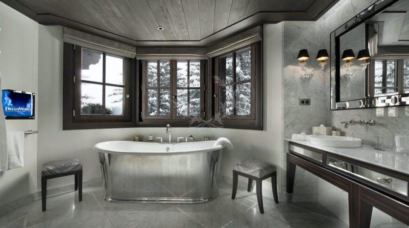 Luxury_Ski_Chalet_to_Rent_Courchevel_1850_FCR10 (10)