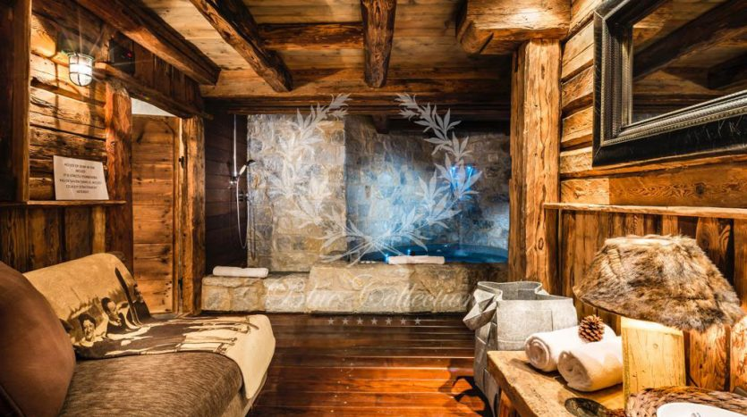 Courchevel_1850_Luxury_Ski_Chalets_FCR11-(15)