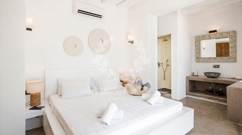 Luxury_Villas_Mykonos_VVR-3-(1)