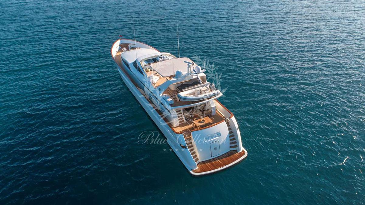 Greece_Luxury_Yachts_AQUILA-(1)