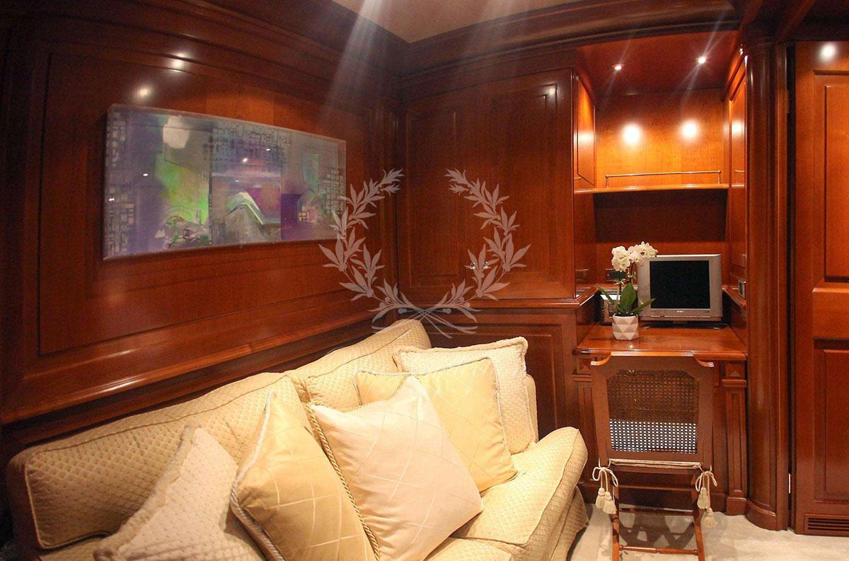 Greece_Luxury_Yachts_AQUILA-(21)