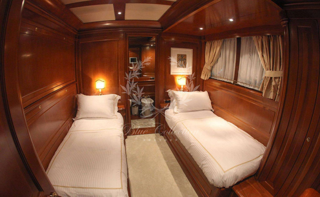 Greece_Luxury_Yachts_AQUILA-(22)