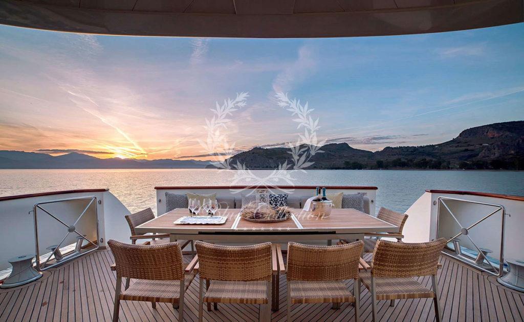 Greece_Luxury_Yachts_AQUILA-(4)