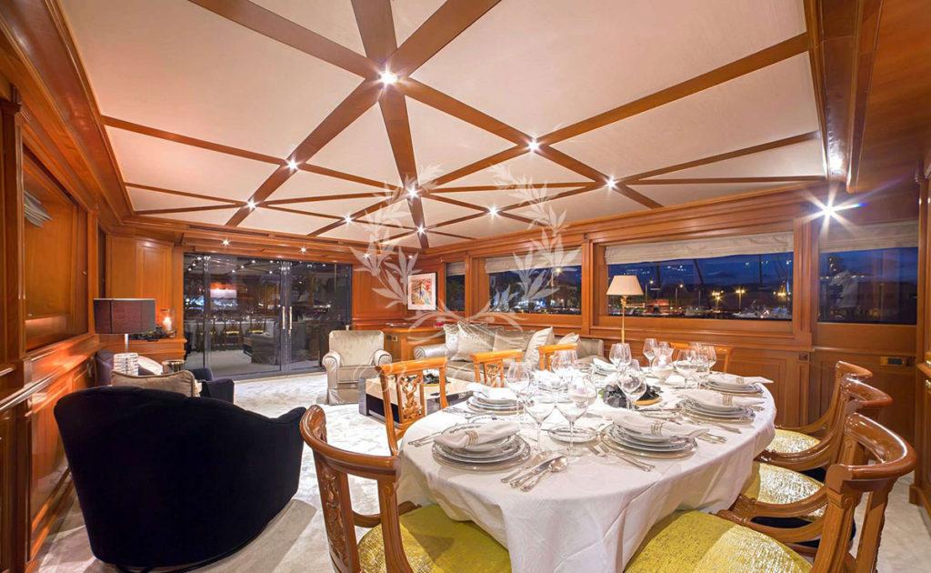 Greece_Luxury_Yachts_AQUILA-(6)