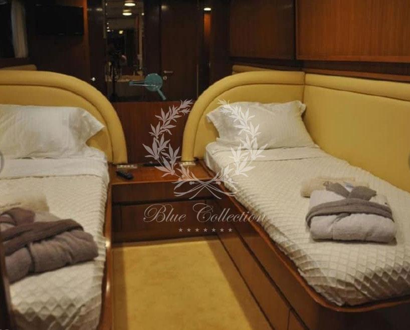 Greece_Luxury_Yachts_Cantieri_di_Pisa_Akhir-27-(6)