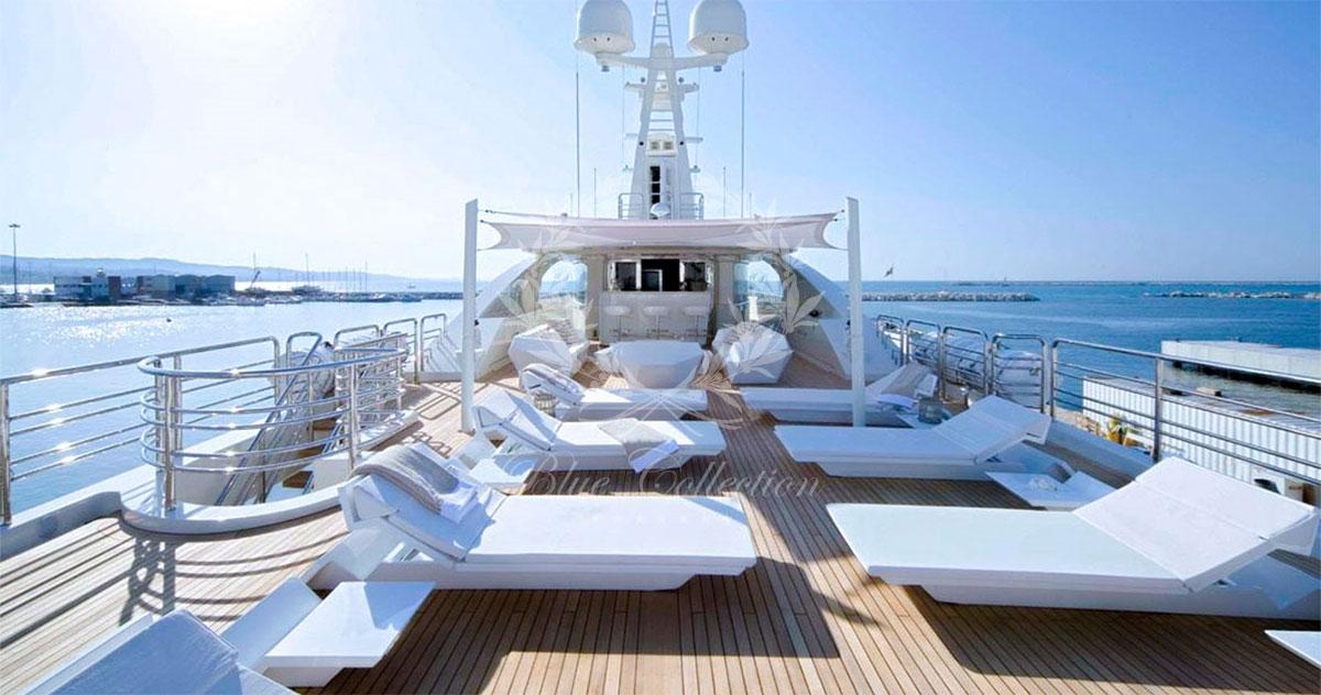 Greece_Luxury_Yachts_LIGHT_HOLIC-(5)