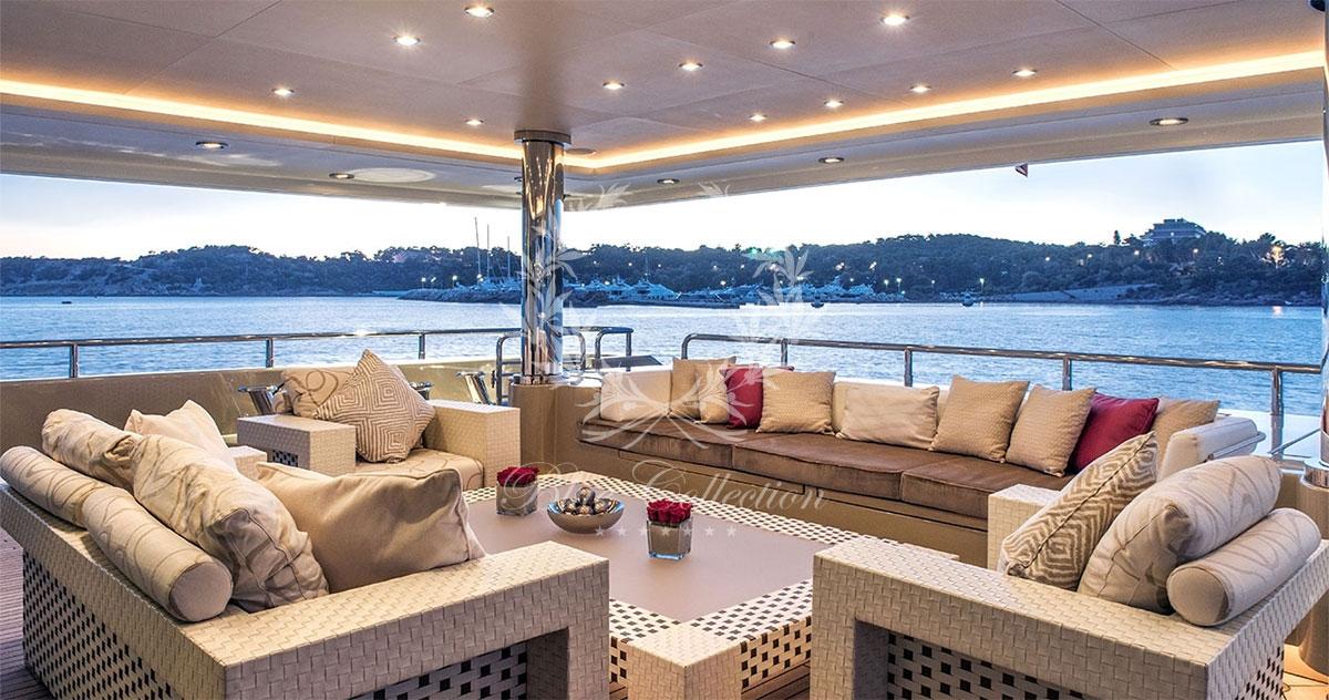 Greece_Luxury_Yachts_LIGHT_HOLIC-(6)