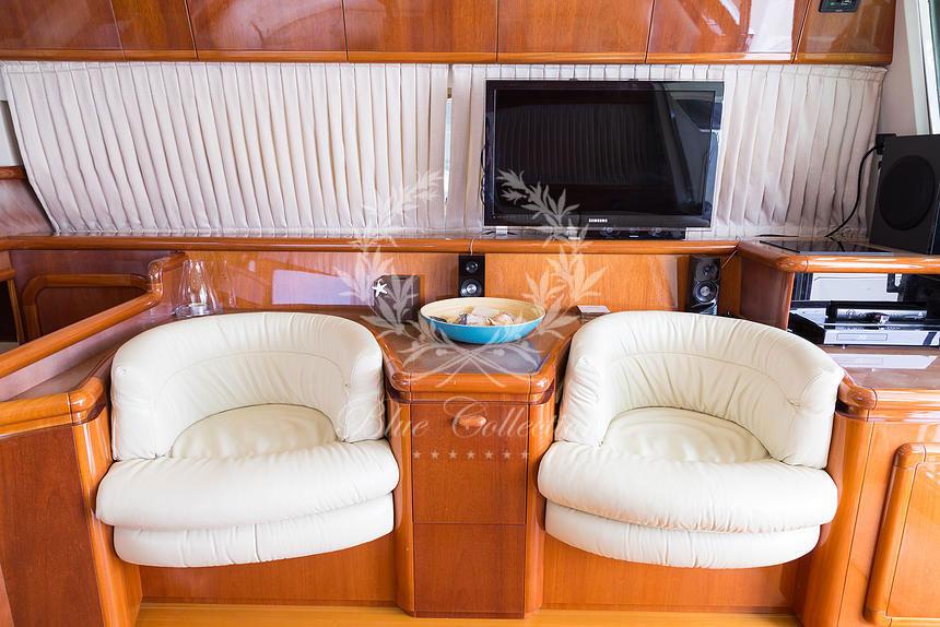 Greece_Luxury_Yachts_MY_Ferretti_FlyBridge-62-(2)