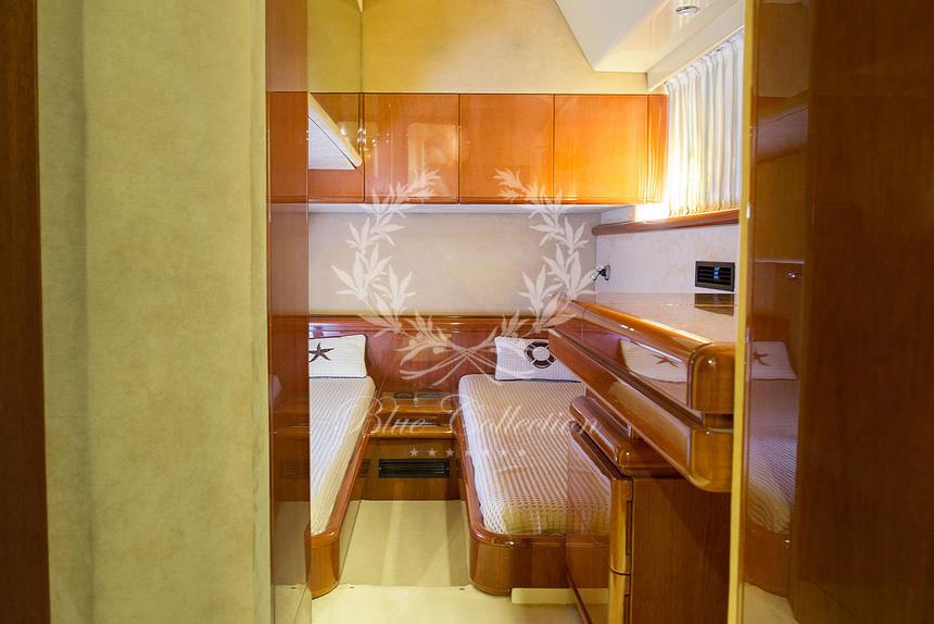 Greece_Luxury_Yachts_MY_Ferretti_FlyBridge-62-(5)