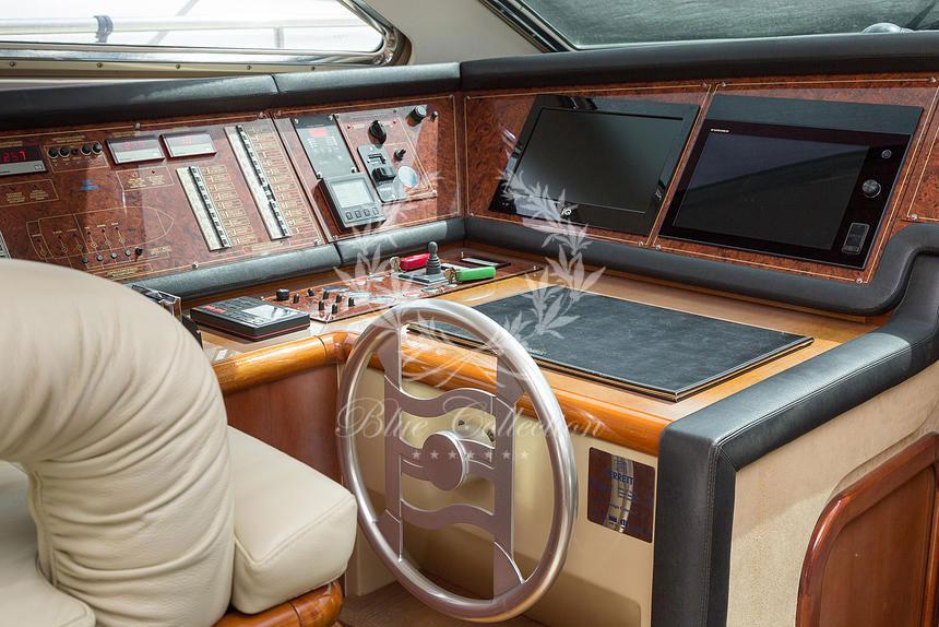 Greece_Luxury_Yachts_MY_Ferretti_FlyBridge-62-(6)