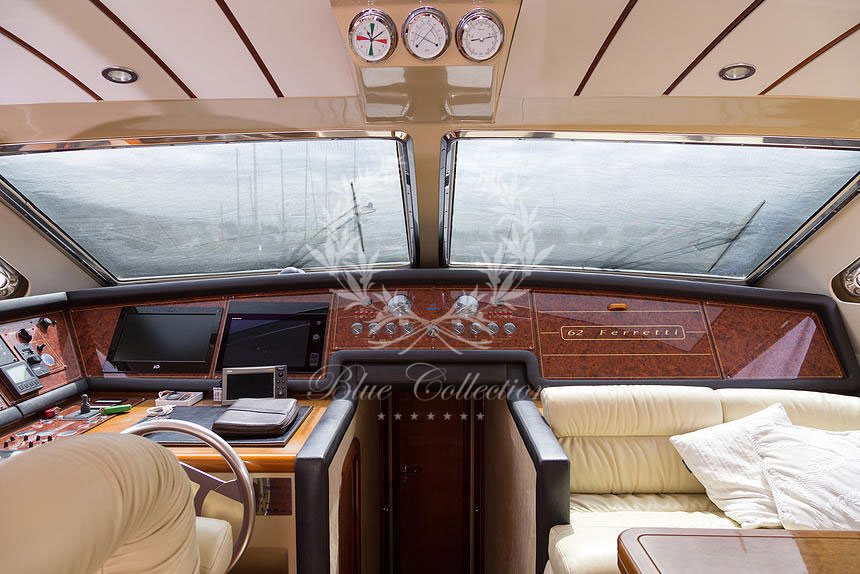 Greece_Luxury_Yachts_MY_Ferretti_FlyBridge-62-(9)