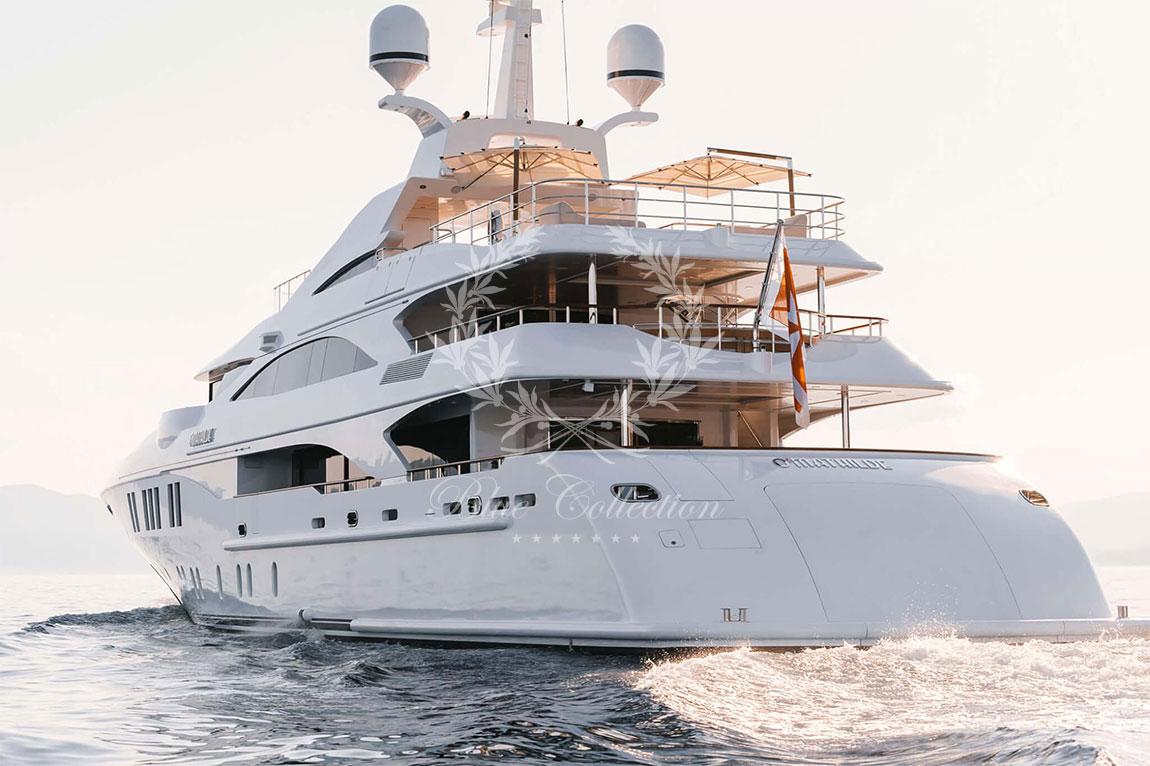 Greece_Luxury_Yachts_MY_O-MATHILDE-(15)