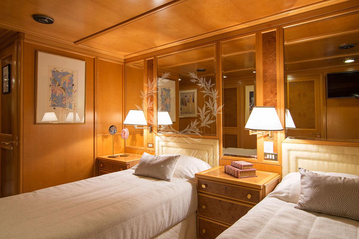 Greece_Luxury_Yachts_MY_O-NATALINA-(28)