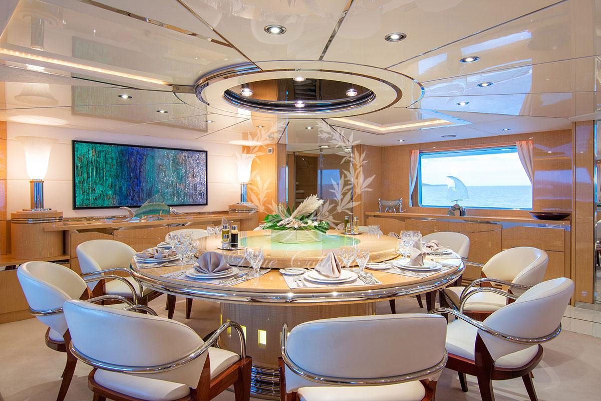 Greece_Luxury_Yachts_MY_O-NATALINA-(3)