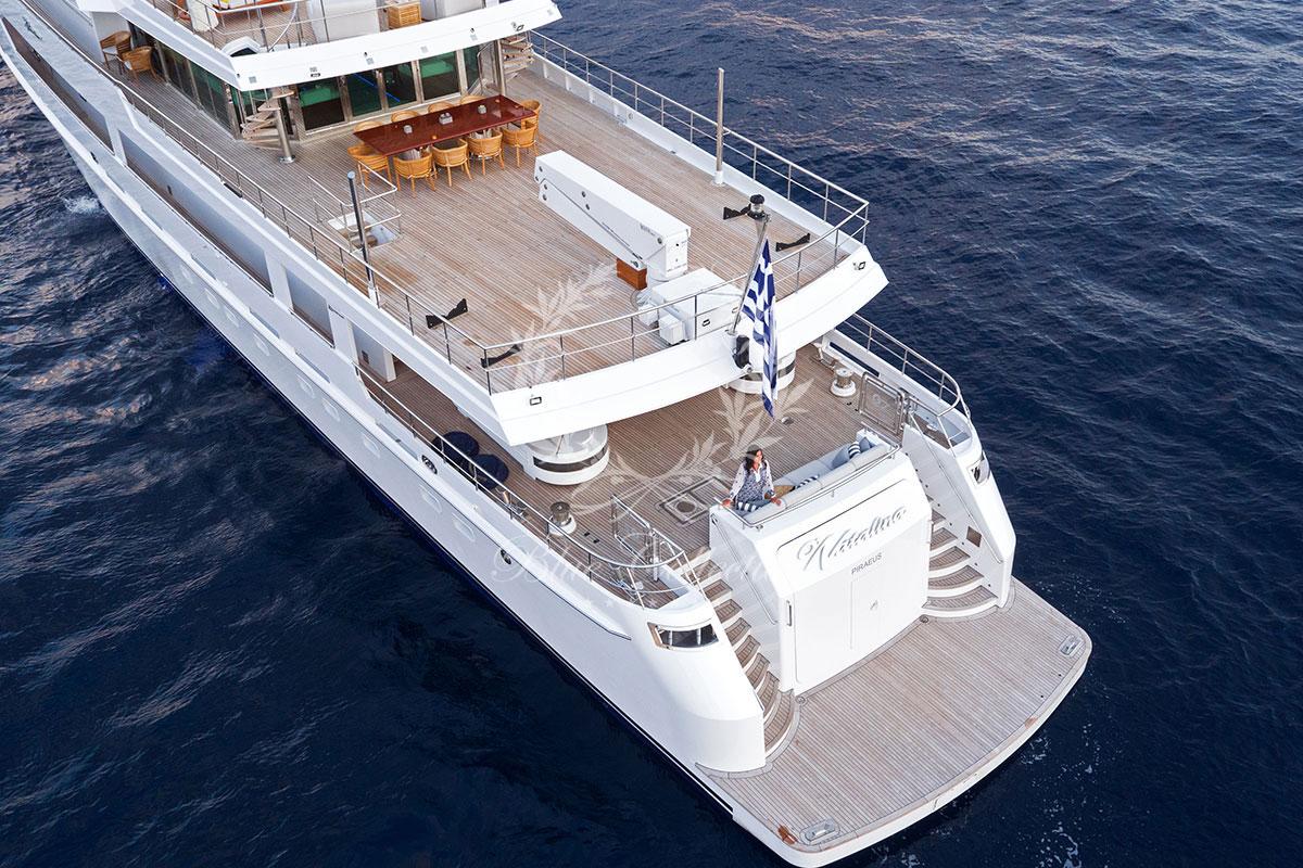 Greece_Luxury_Yachts_MY_O-NATALINA-(44)