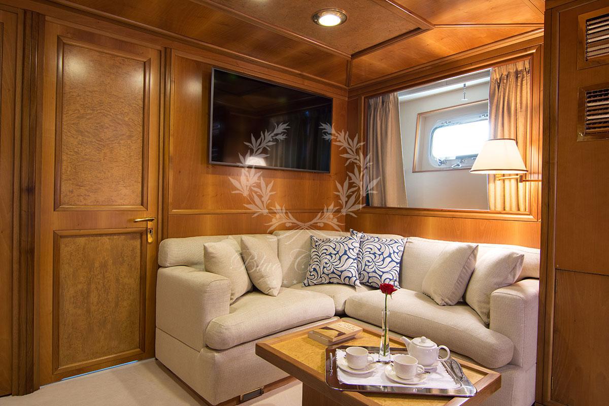 Greece_Luxury_Yachts_MY_O-NATALINA-(53)