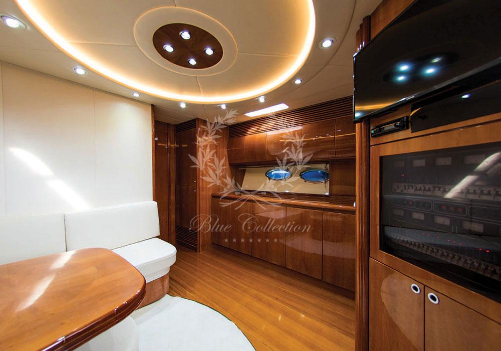 Greece_Luxury_Yachts_MY_PERSHING-54-(8)