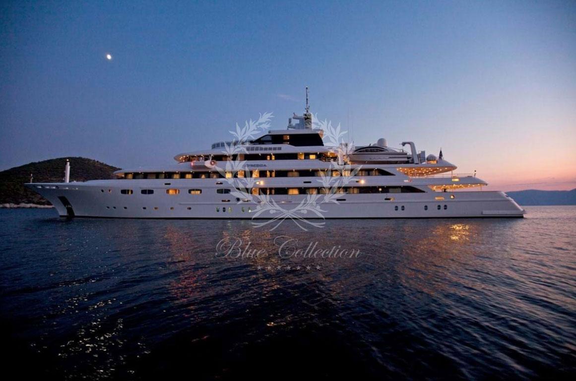 Greece_Luxury_Yachts_O_MEGA-(28)