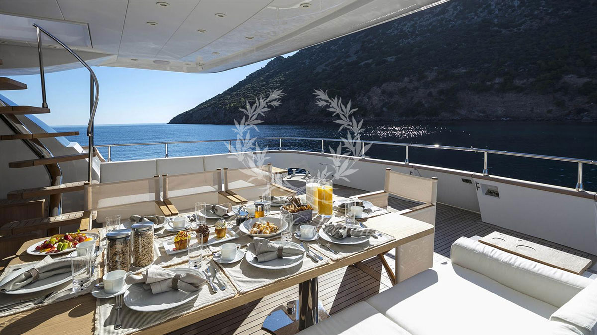 Greece_Luxury_Yachts_Sole_Di_Mare-(25)