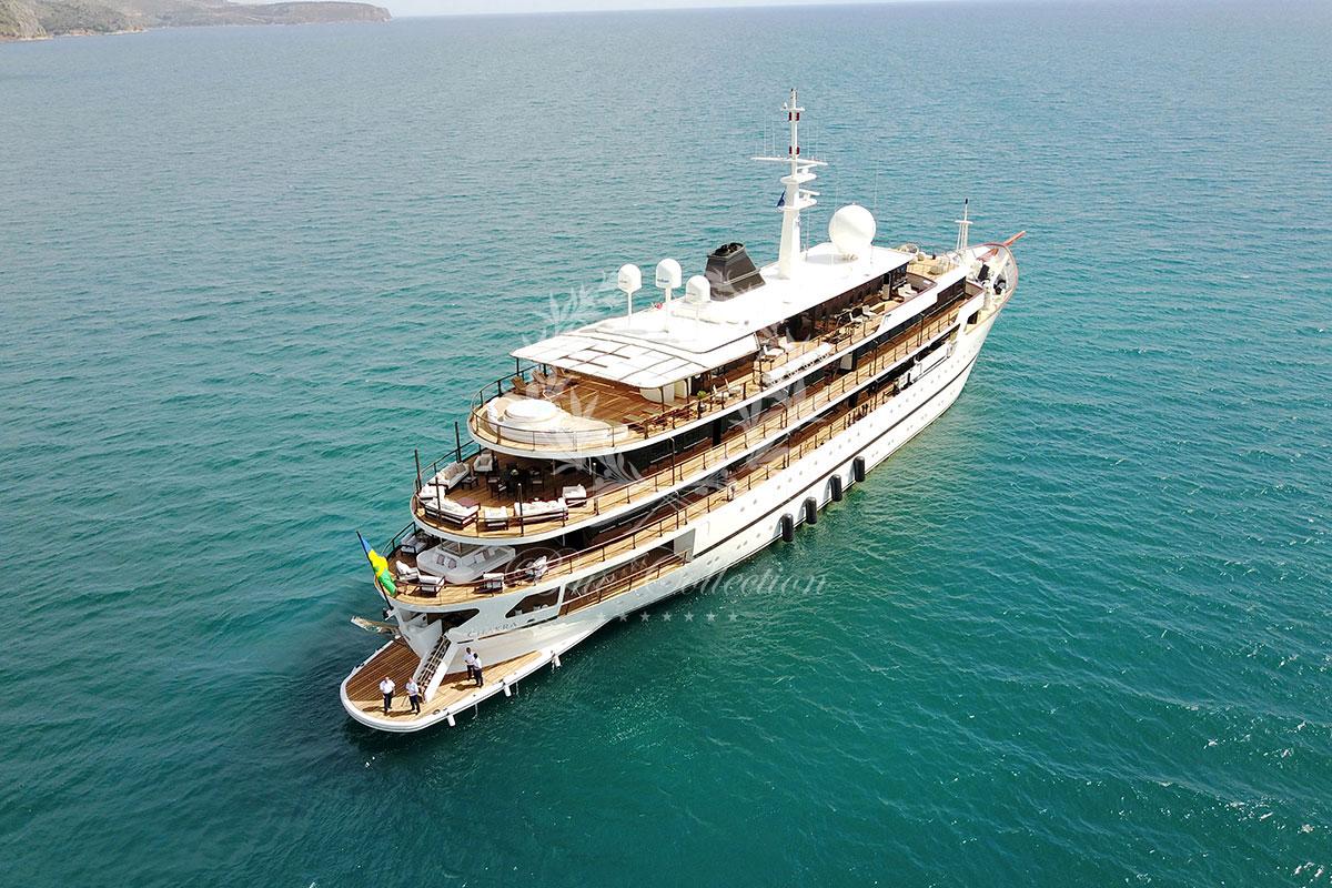 Greece_Luxury_Yachts_MY_CHAKRA-(4)