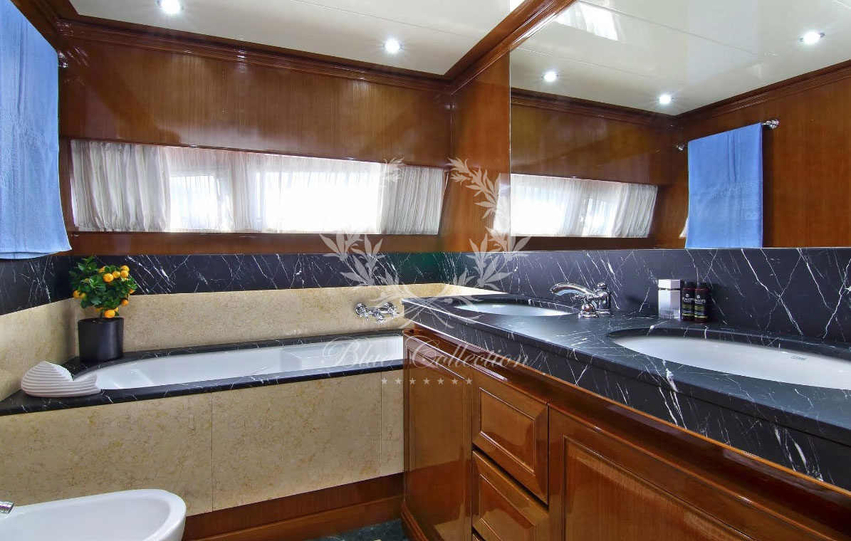 Greece_Luxury_Yachts_MY_ELVI-(14)