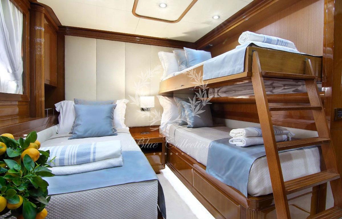 Greece_Luxury_Yachts_MY_ELVI-(21)