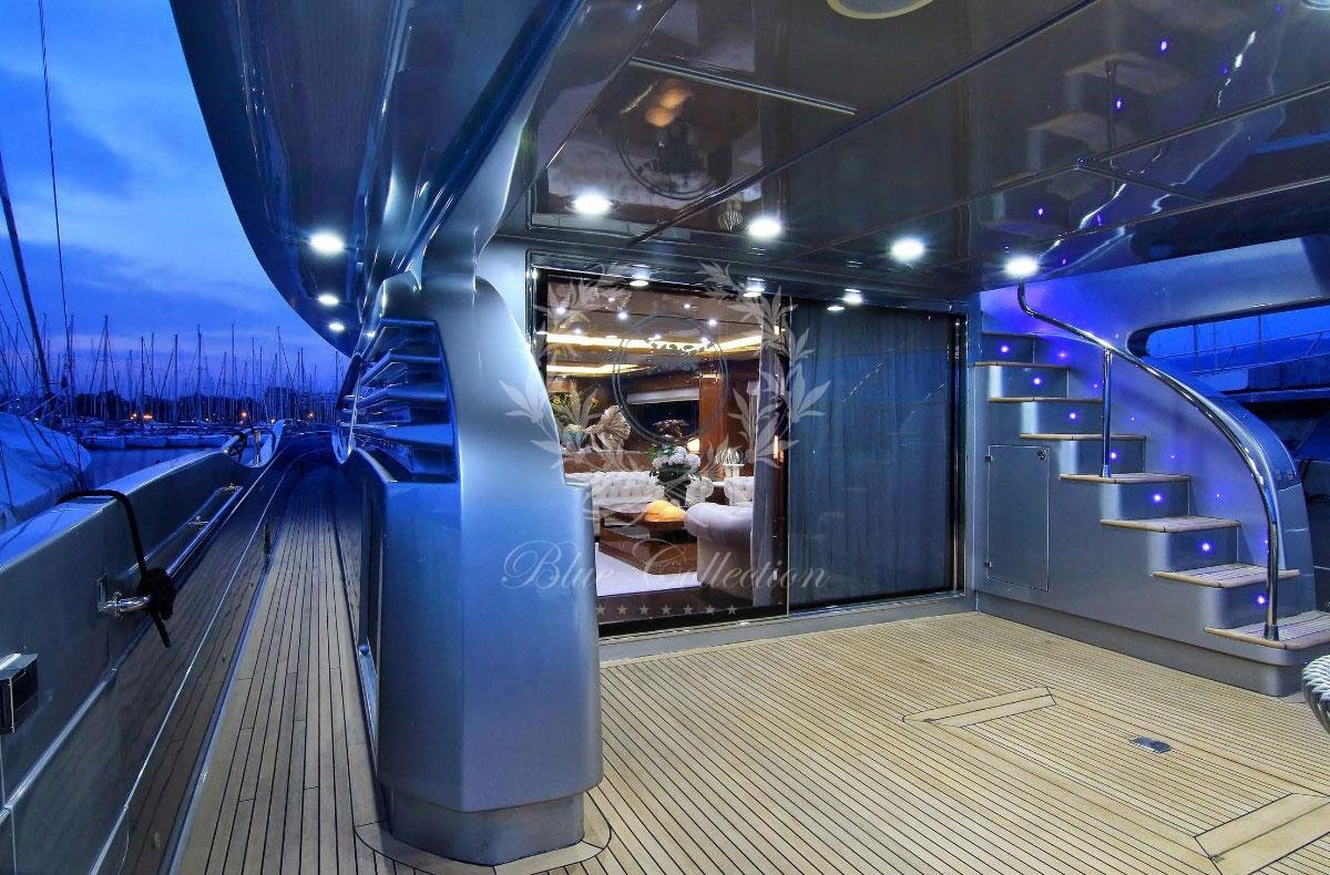 Greece_Luxury_Yachts_MY_ELVI-(3)