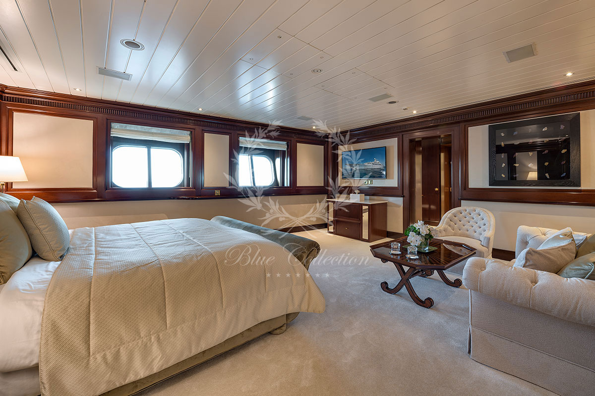 Greece_Luxury_Yachts_MY_GRAND_OCEAN-(2)