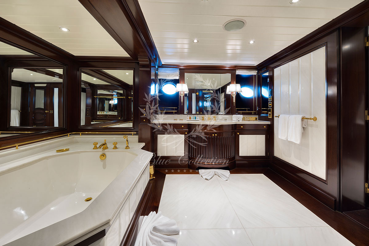 Greece_Luxury_Yachts_MY_GRAND_OCEAN-(5)