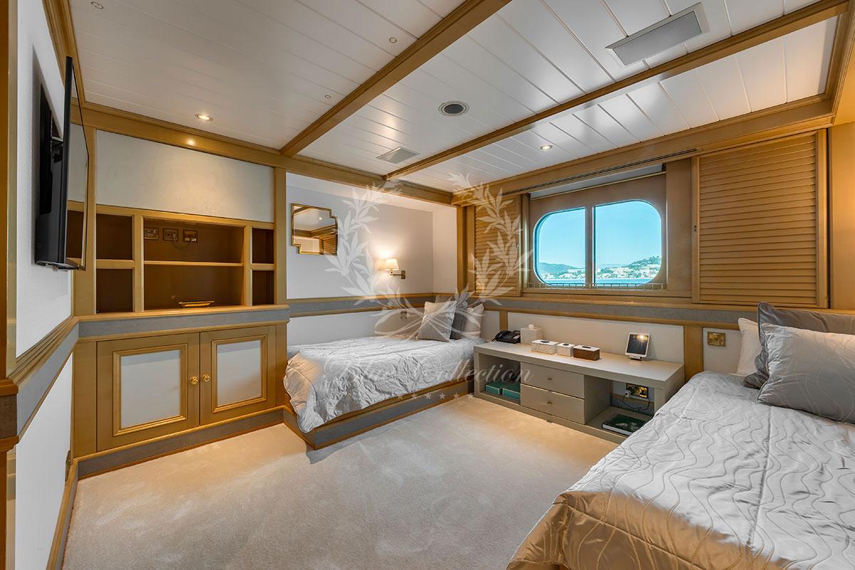 Greece_Luxury_Yachts_MY_GRAND_OCEAN-(6)