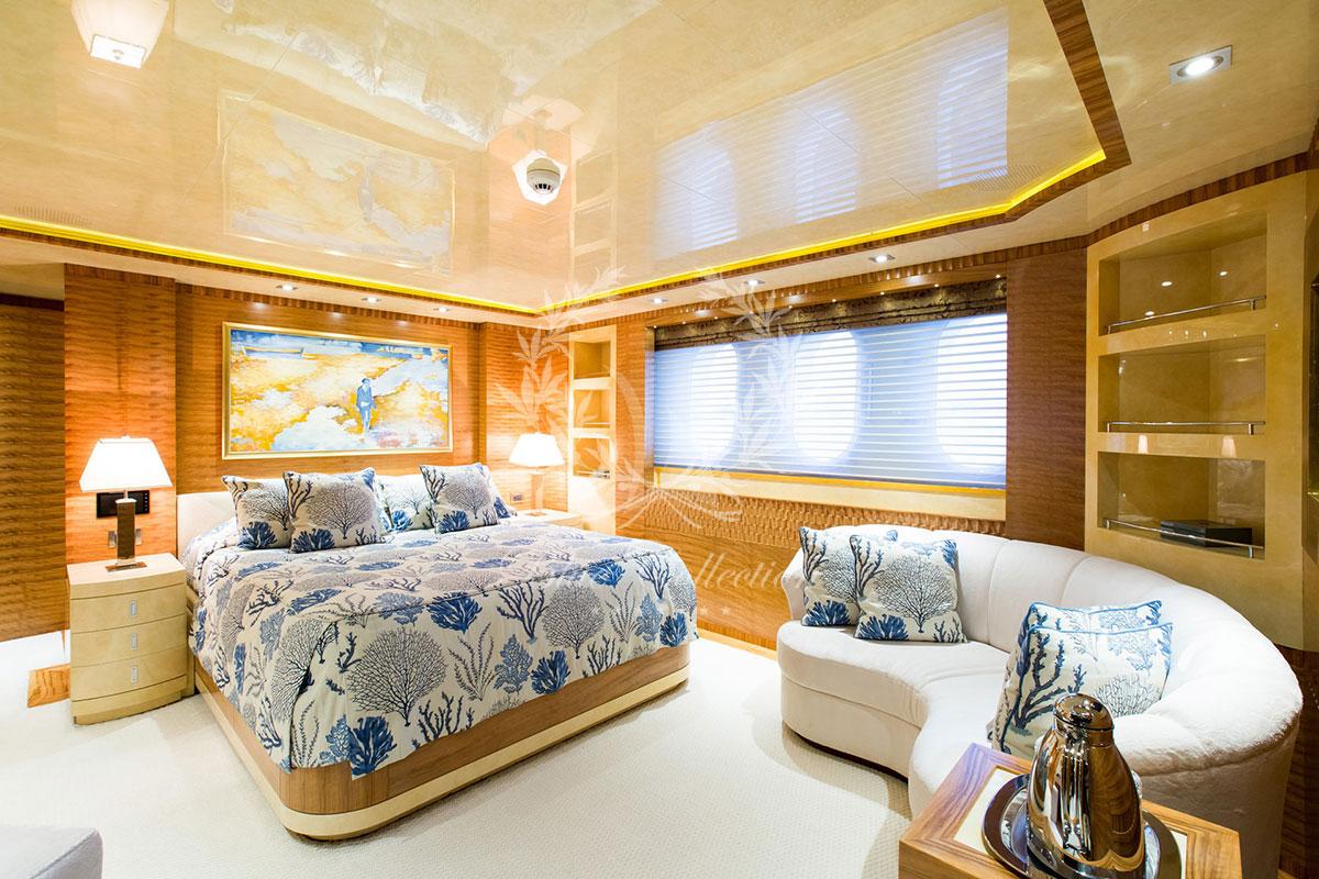 Greece_Luxury_Yachts_MY_VERTIGO-(24)