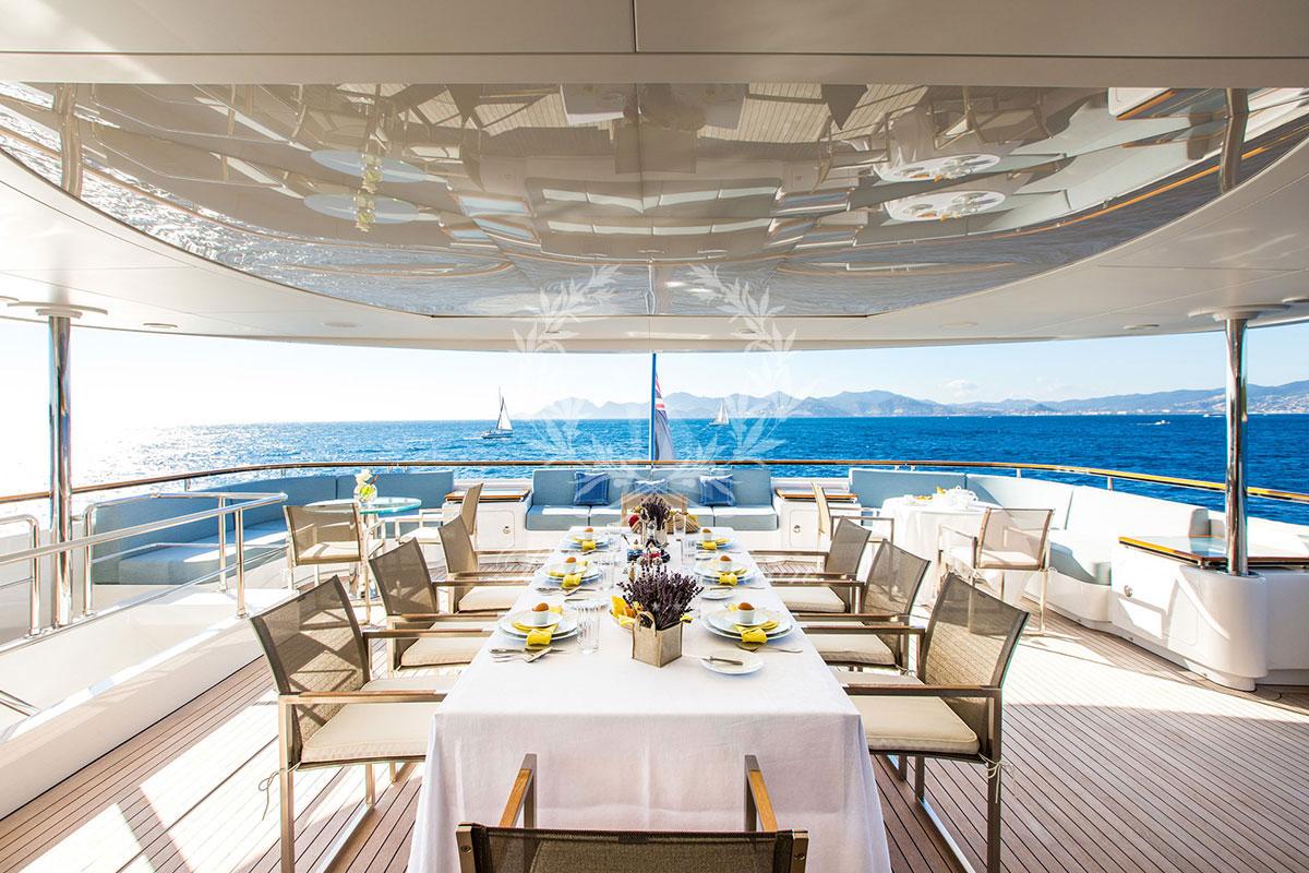 Greece_Luxury_Yachts_MY_VERTIGO-(37)