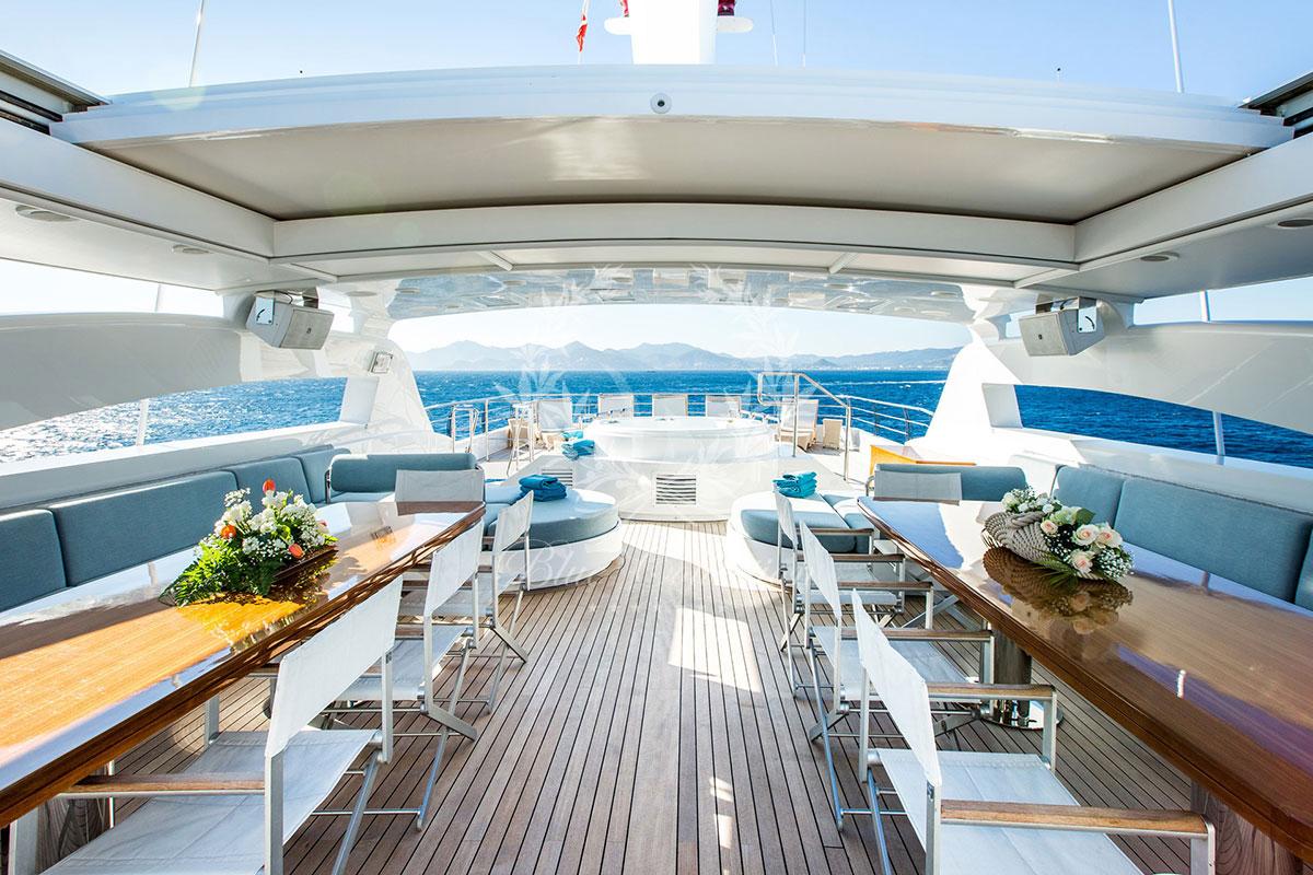 Greece_Luxury_Yachts_MY_VERTIGO-(41)