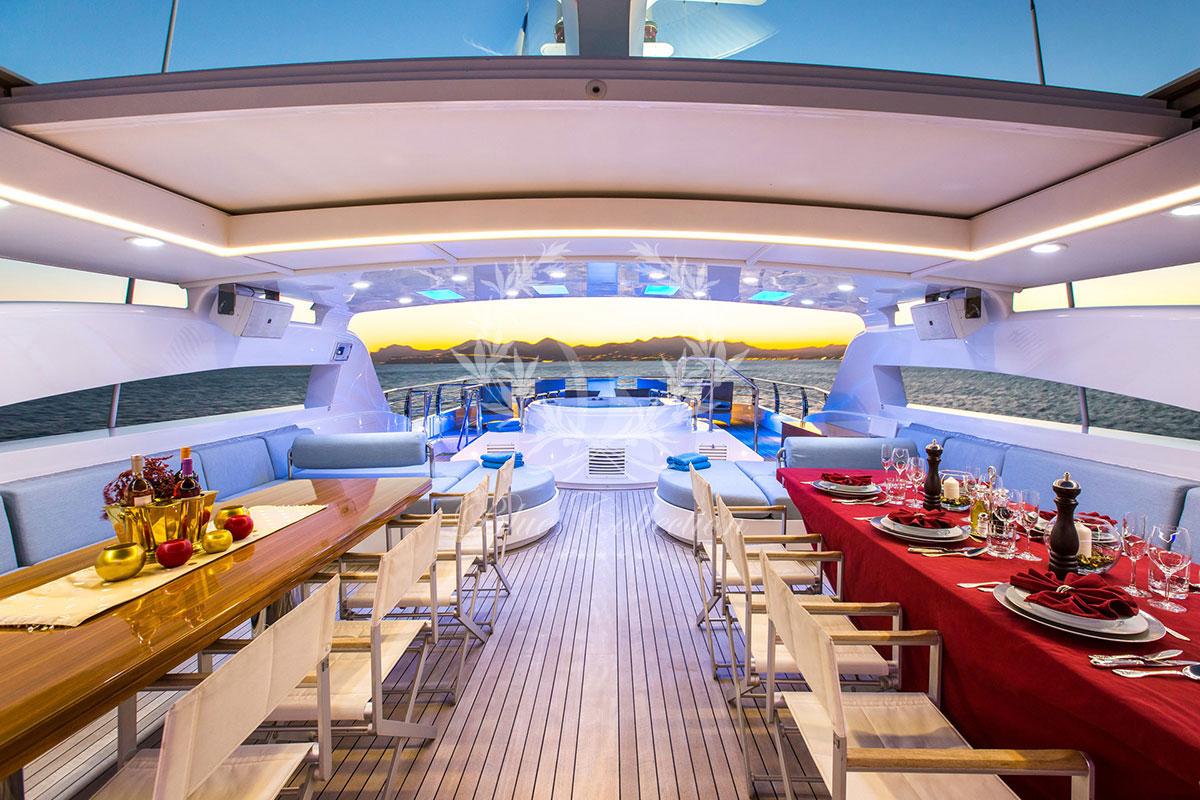 Greece_Luxury_Yachts_MY_VERTIGO-(42)
