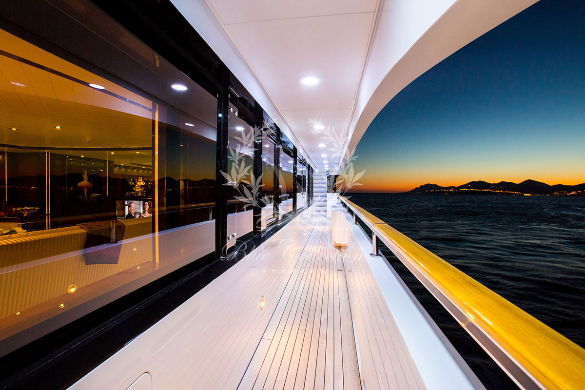 Greece_Luxury_Yachts_MY_VERTIGO-(53)