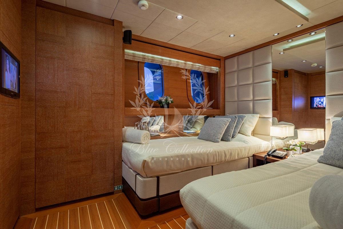 Greece_Luxury_Yachts_MY_ZALIV_III-(25)