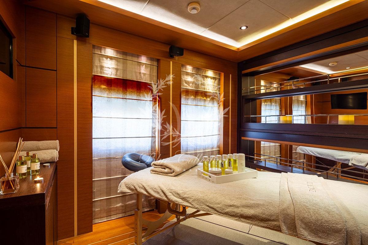 Greece_Luxury_Yachts_MY_ZALIV_III-(28)
