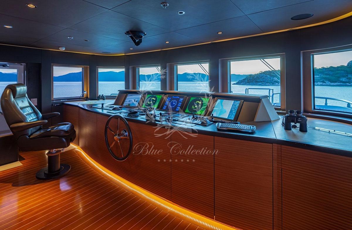 Greece_Luxury_Yachts_MY_ZALIV_III-(43)