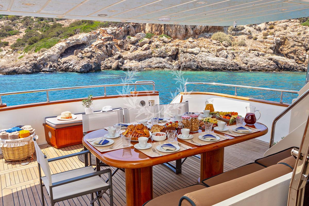 Luxury_Yachts_Greece_MY_Efmaria-(14)