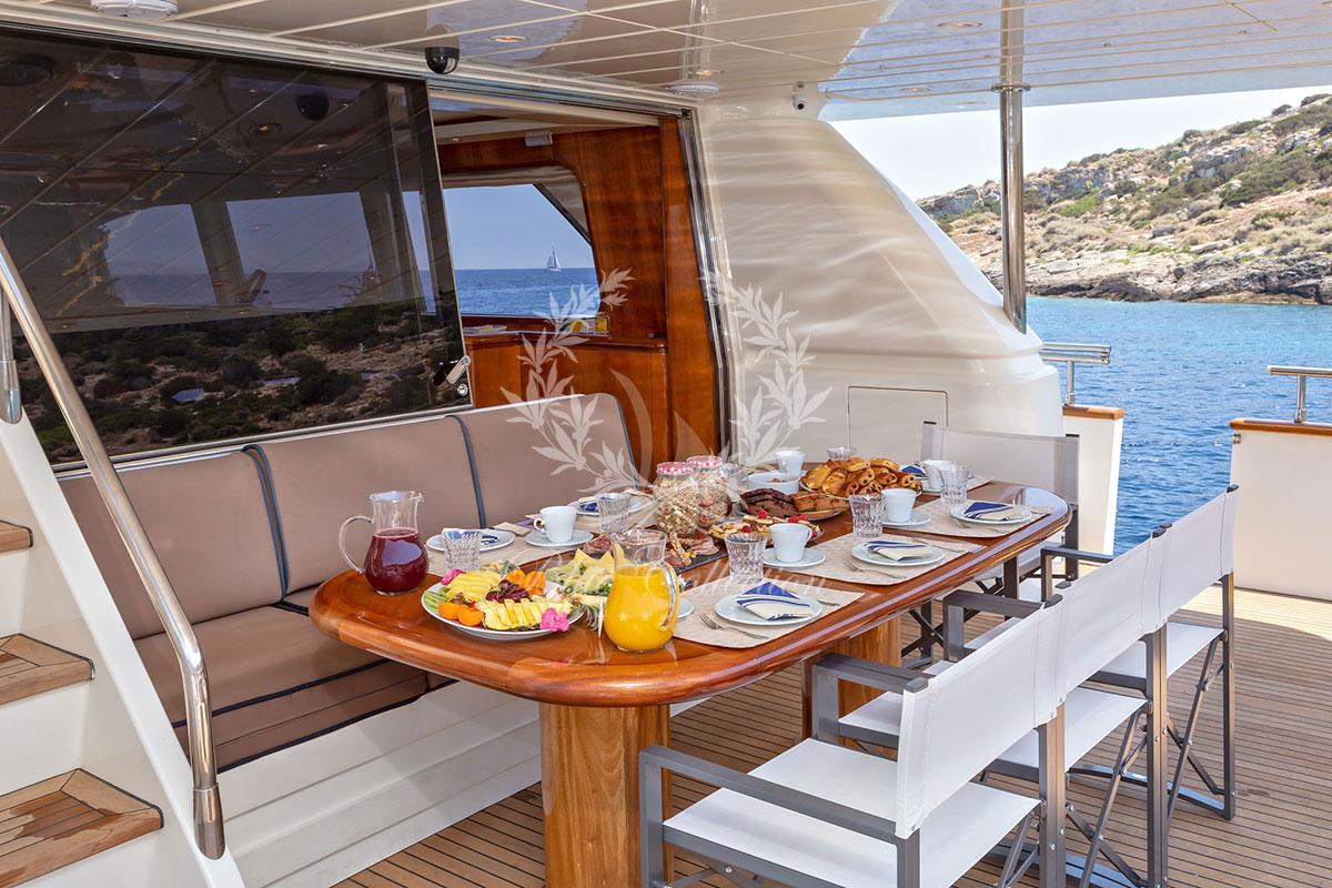 Luxury_Yachts_Greece_MY_Efmaria-(16)