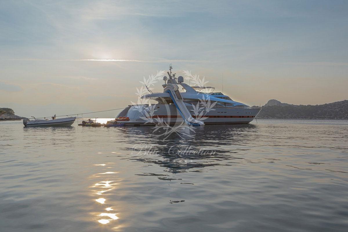 Greece_Luxury_Yachts_MY_GLAROS-(30)