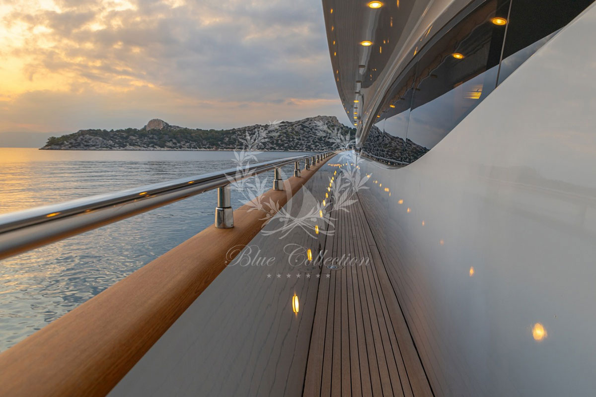 Greece_Luxury_Yachts_MY_GLAROS-(32)