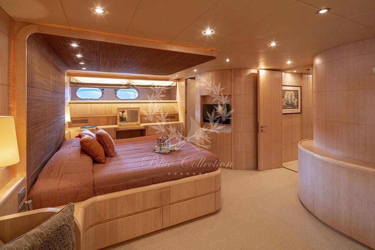 Greece_Luxury_Yachts_MY_GLAROS-(9)
