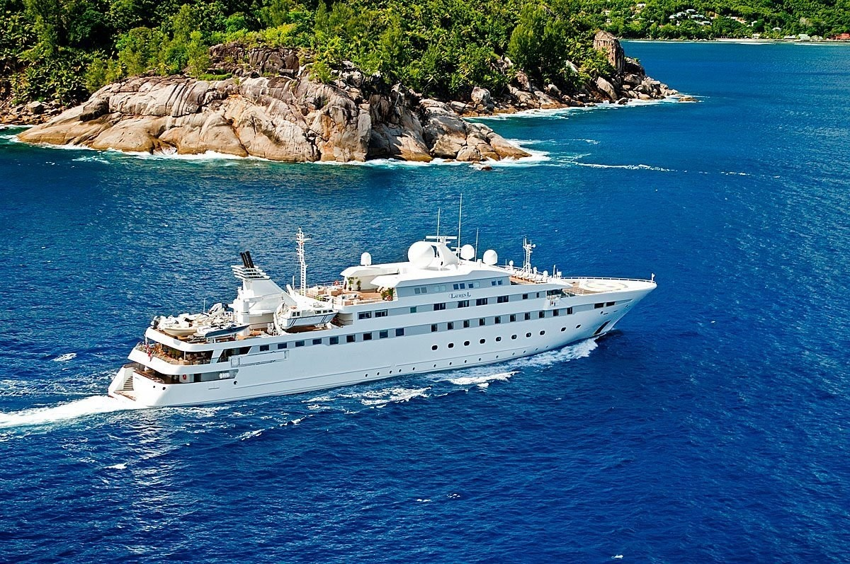 Greece_Luxury_Yachts_MY_LAUREN-L (1)