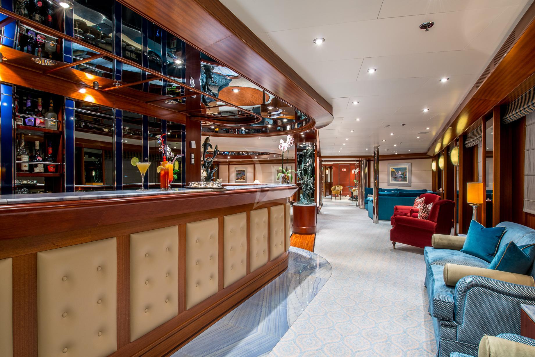 Greece_Luxury_Yachts_MY_LAUREN-L (15)