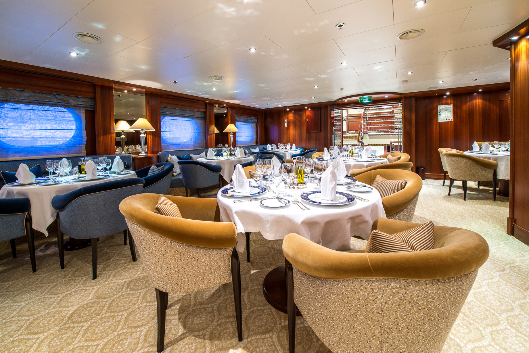Greece_Luxury_Yachts_MY_LAUREN-L (17)