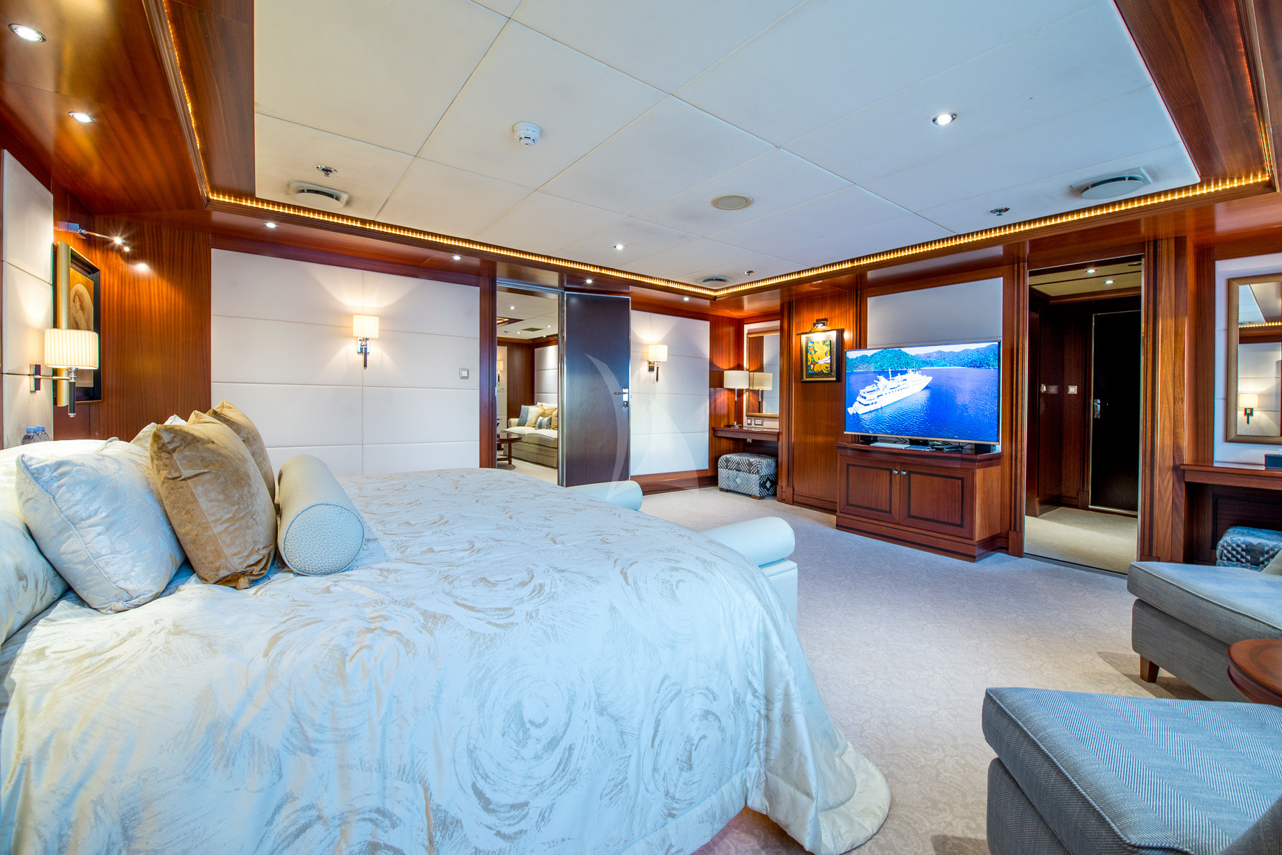 Greece_Luxury_Yachts_MY_LAUREN-L (19)