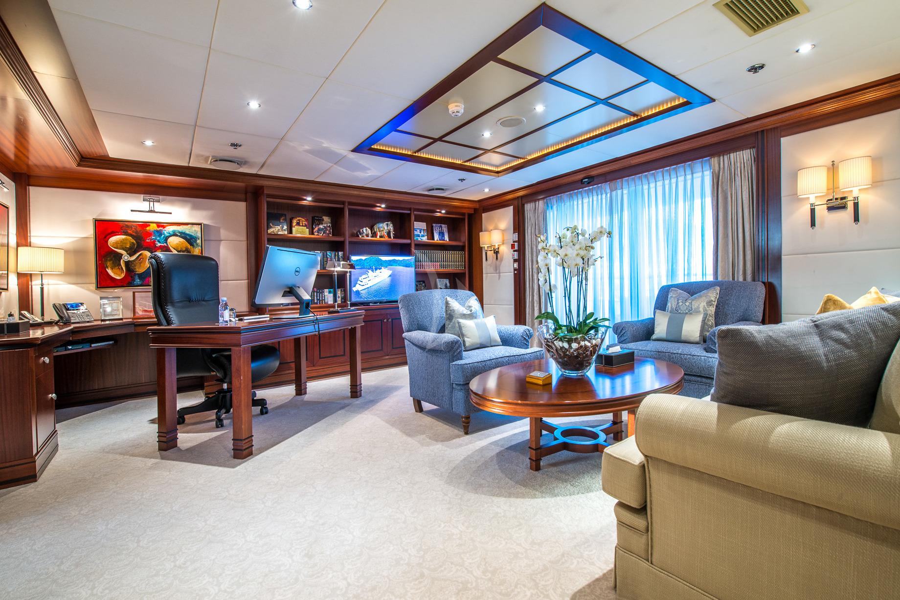 Greece_Luxury_Yachts_MY_LAUREN-L (21)