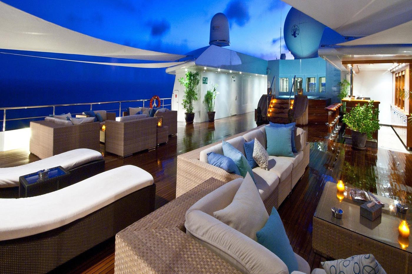 Greece_Luxury_Yachts_MY_LAUREN-L (3)