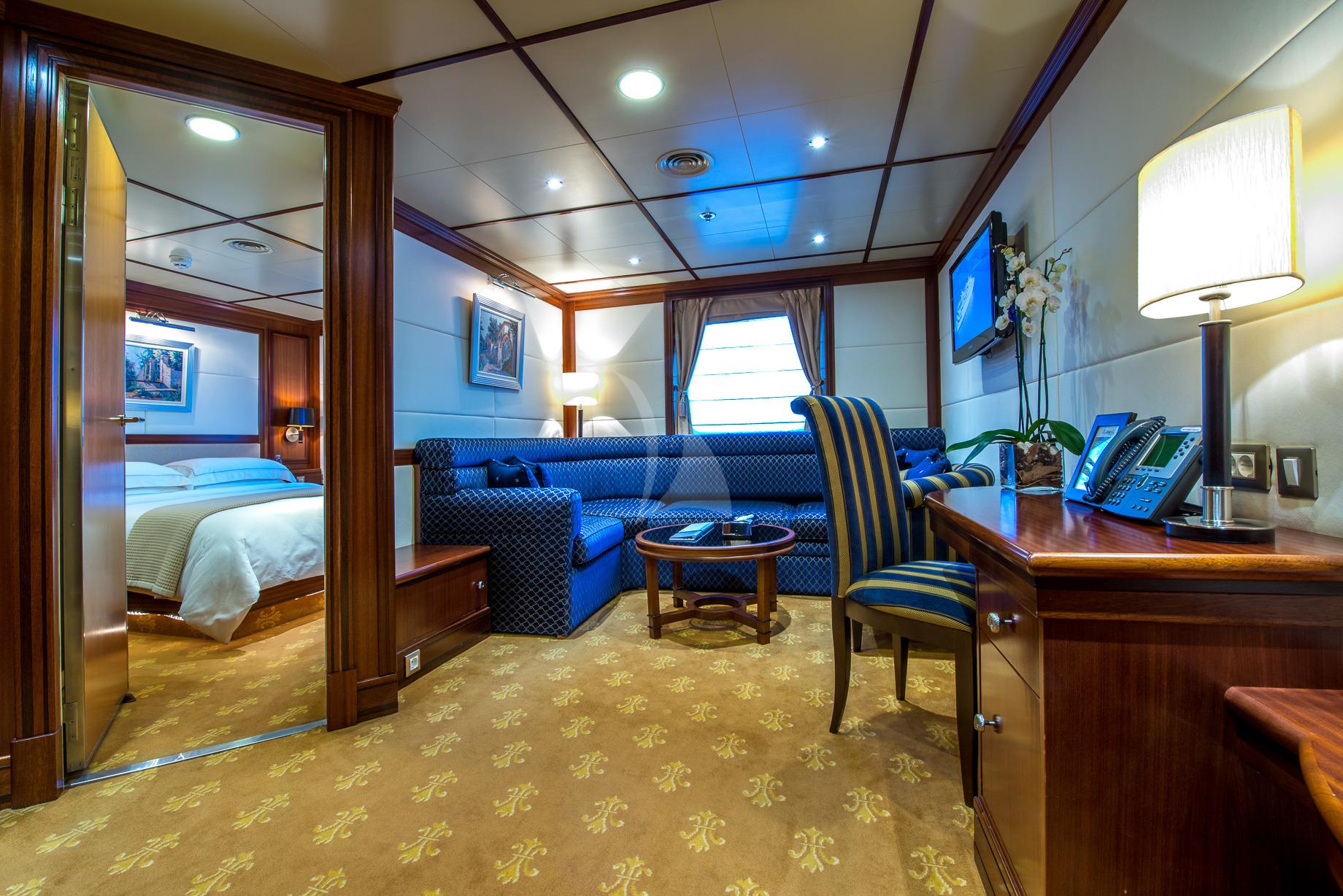 Greece_Luxury_Yachts_MY_LAUREN-L (31)